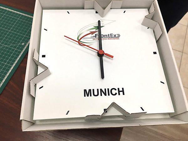 рекламни стенни стъклени часовници - Print 'em all